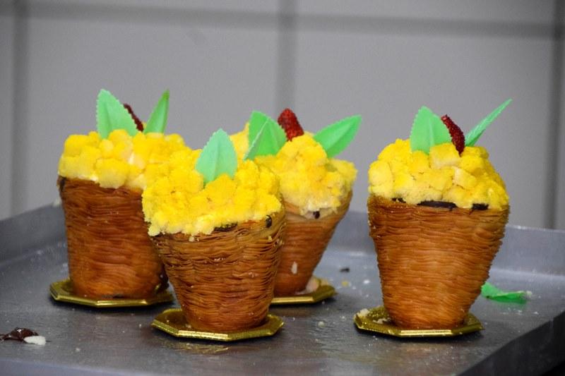 La Sfogliacampanella Mimosa: la sfogliatella che omaggia le Donne